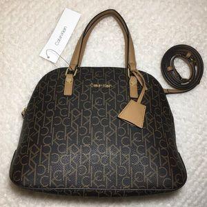 🔥🔥🔥 Calvin Klein Crossbody Bag 🔥🔥🔥